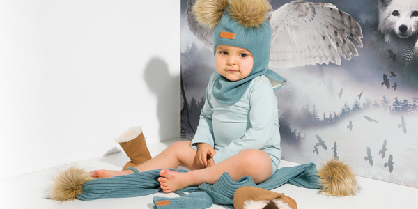 Gugguu Merino wool accessories. Merino wool winter beanies and scarfs for children.