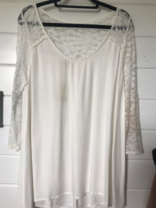 Jodifl Off White Lace Sleeve Blouse