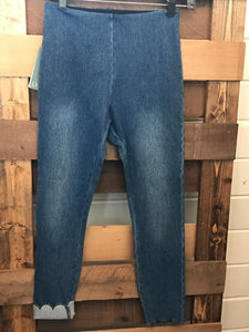 Denim Scallop Capris
