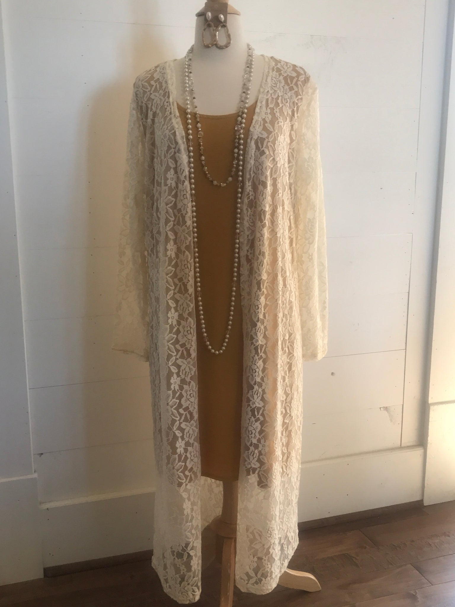 Little Lace Duster in Ivory