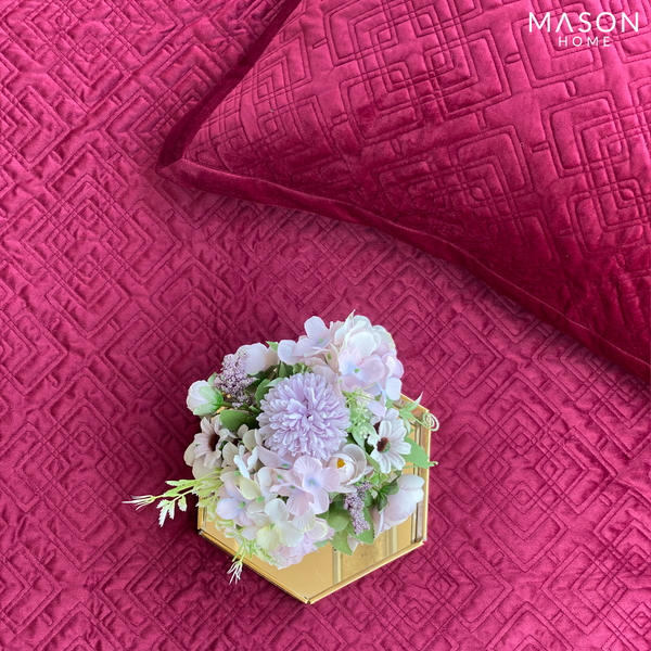VELVET BEDSPREAD - MAROON - Mason Home by Amarsons - Lifestyle & Decor