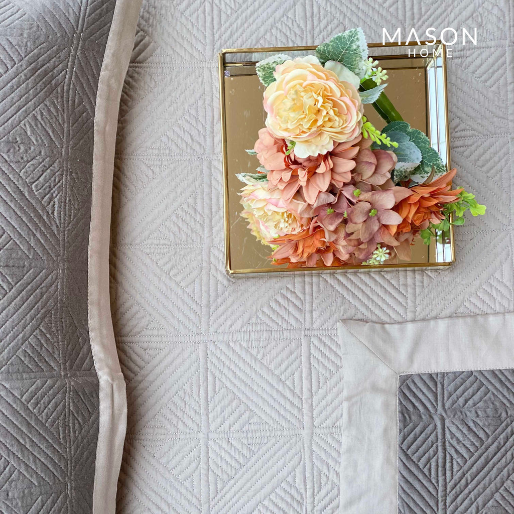 COTTON BEDSPREAD - BEIGE AND OLIVE GREY (REVERSIBLE)