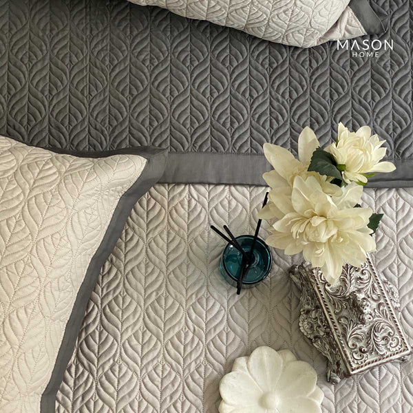 COTTON BEDSPREAD - DARK GREY AND GREY (REVERSIBLE)