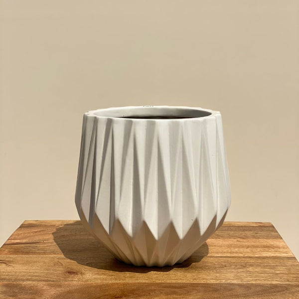RIDGED CERAMIC POT IN WHITE - LARGE - Mason Home by Amarsons - Lifestyle & Decor
