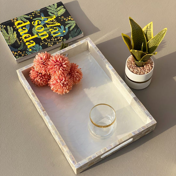 MOTHER OF PEARL TRAY RECTANGLE (MEDIUM)