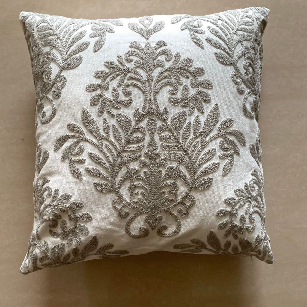 GREY BLOOM MOTIF CUSHION