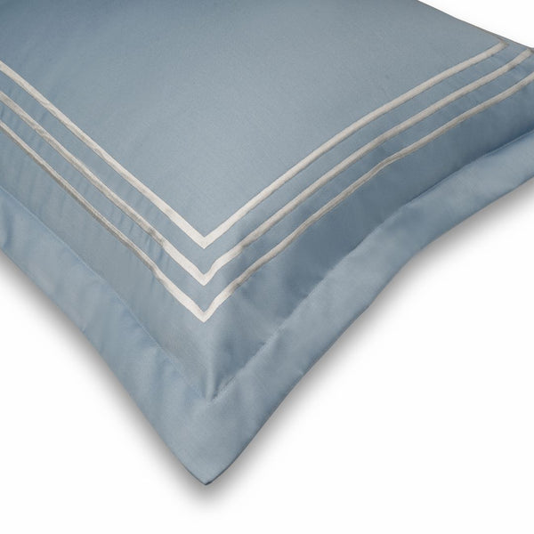 PARALLEL BEDDING SET - POWDER BLUE