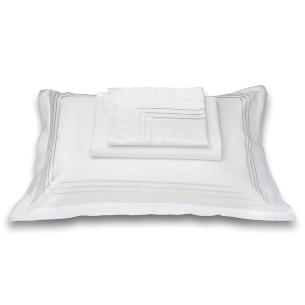 PARALLEL BEDDING SET - WHITE