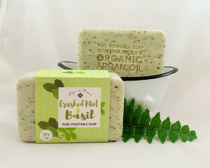 Crushed Mint & Basil French soap