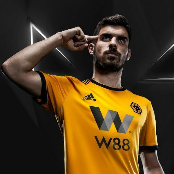 Wolves | Wolverhampton | Home Kit 18/19 - SoccerTriads