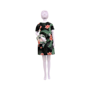 Atelierul de creatie vestimentara floral Couture, Dress Your Doll