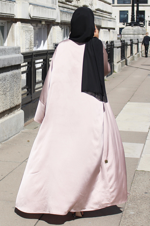 Silk Duster Champagne Abaya - Noor Boutique