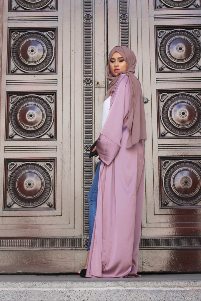 Silk Duster Mauve Abaya by Noor Boutique Front side on