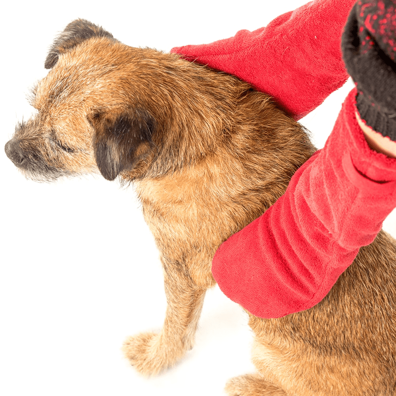Ruff and Tumble Dog Drying Gloves in Red