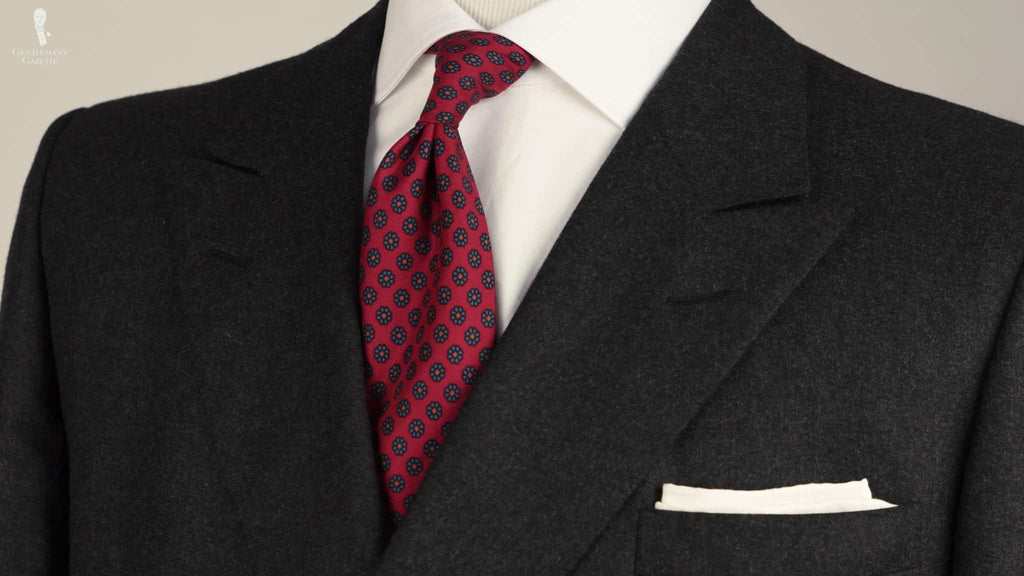How to Pair Gray & Red – Color Combinations for Red & Grey in Menswear Outfit