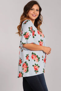 Plus Size Knotted Floral Top