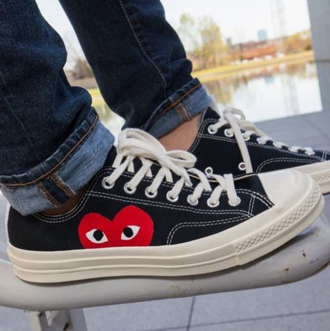 CDG PLAY x Converse - BLACK Solo Heart