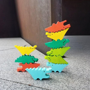 Croc pile stacking game