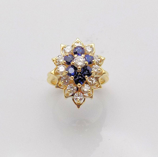 Sapphire & Diamond Ring set in 14k Yellow Gold