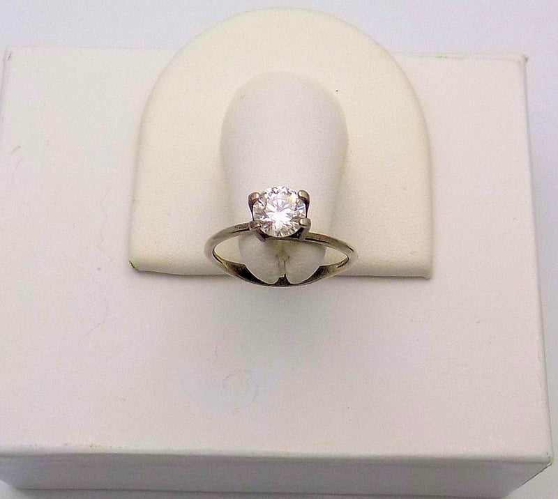"1.04 Carat (Loose) Round Brilliant Cut ""Leo"" Diamond"