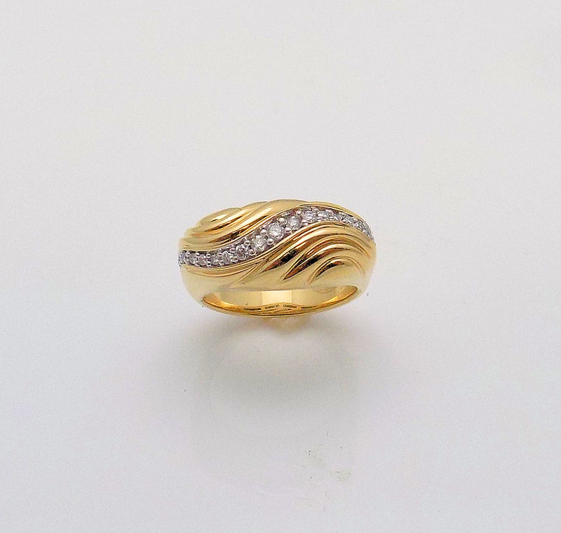 14K Yellow Gold Diamond Swirl Band