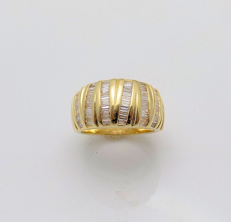 14K Yellow Gold Tapered Diamond Band