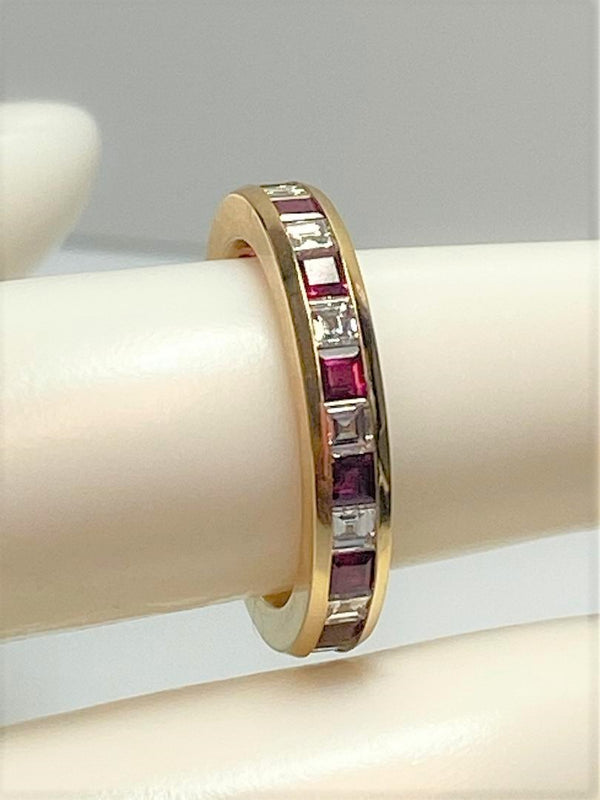 18K Yellow Gold TIFFANY Ruby & Diamond Band