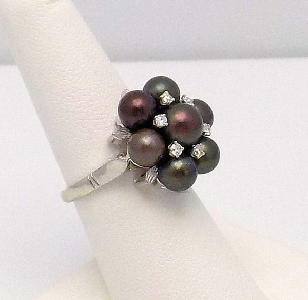 Black Pearl & Diamond Ring set in 18K White Gold
