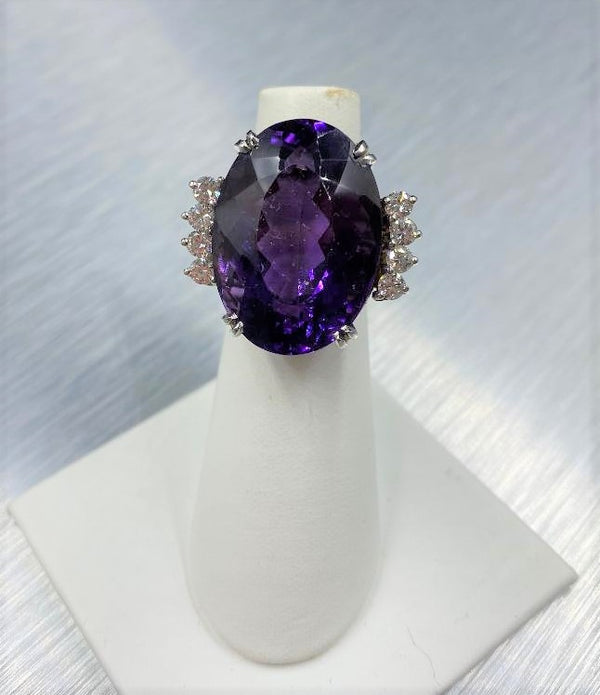14K White Gold Amethyst & Diamond Ring