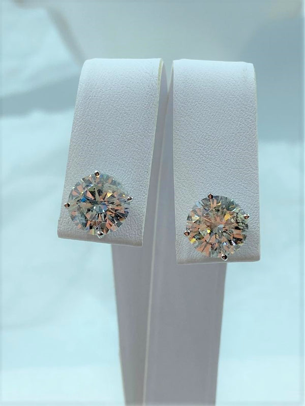 Pair 14K White Gold Diamond Stud Earrings