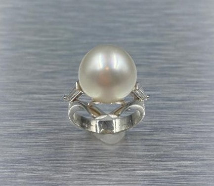 Platinum Pearl & Diamond Ring