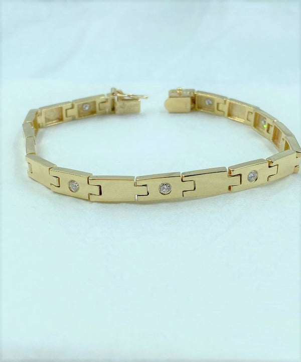 14K Yellow Gold Link Diamond Bracelet