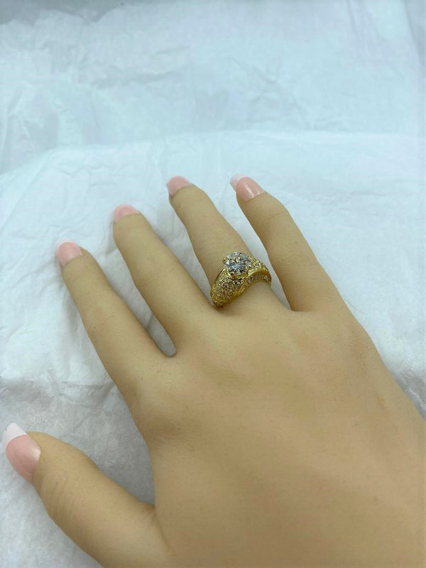18K Yellow Gold Swirl Diamond Ring