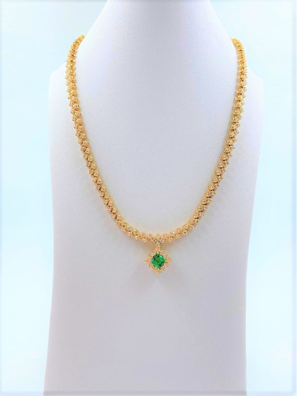 18K Yellow Gold Emerald & Diamond Necklace