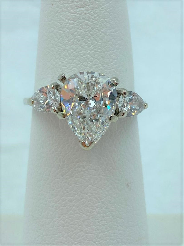 14K White Gold GIA Certified 1.86 Carat Pear Shape Diamond Engagement Ring