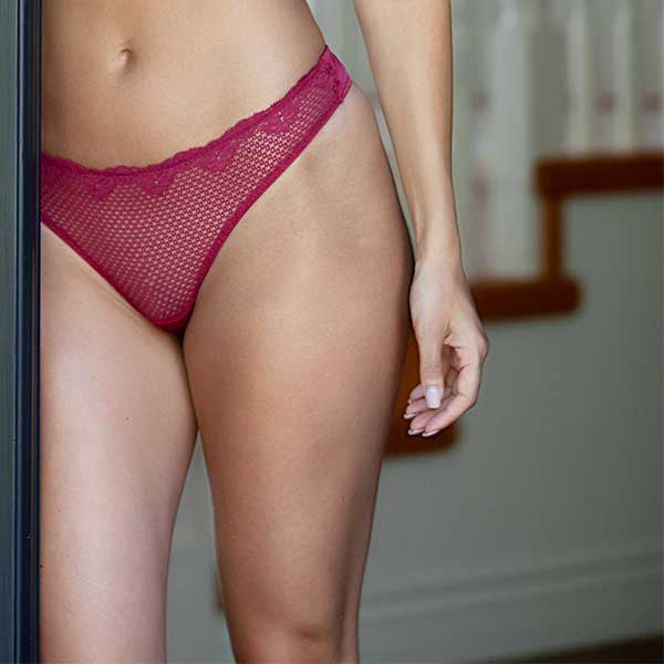 Duet By Timpa: Lace Thong with Keyhole Back - Wine