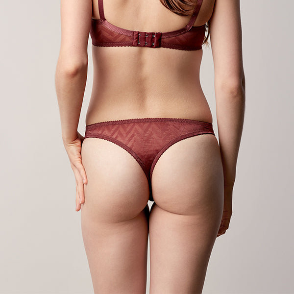Fortnight: Vega Low Rise Thong- Clay