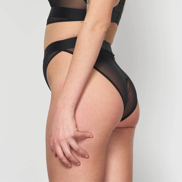 La Fille d'O: Way I Walk High-Waisted Brief - Black