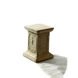 Pedestal - Short Decorative