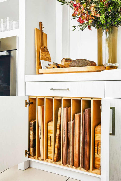 It seems like our kitchen can be quite like our closets: clutter and hard to manage