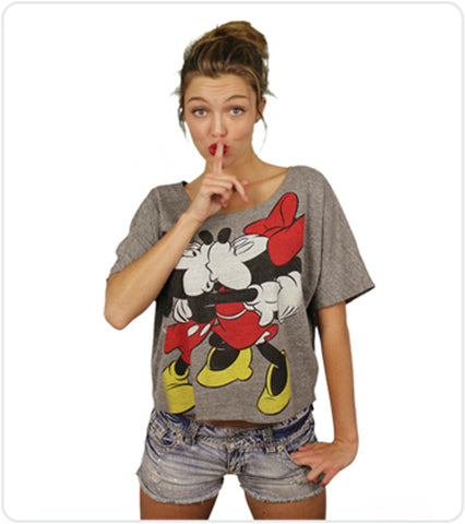 mickey minnie mouse kissing shirt