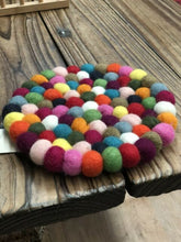 Load image into Gallery viewer, Rainbow Wool Felt Ball Coasters 4pcs set 10cm - LuckyLuLuAust