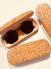 Load image into Gallery viewer, Cork: Hard case for sunglasses / reading glasses - LuckyLuLuAust