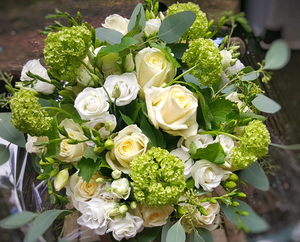 Classical Style - HTM1002 - Yeomans Flowers
