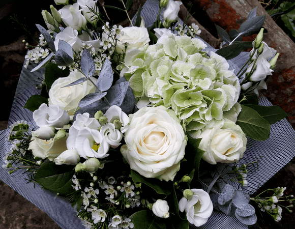 Elegant Country Style - HTA211 - Yeomans Flowers