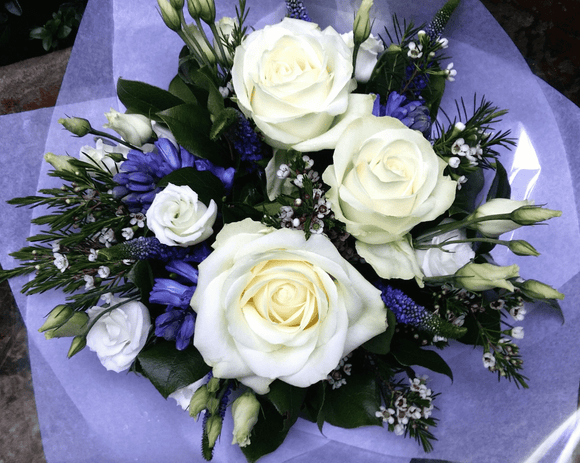 White And Blue - HTM407 - Yeomans Flowers