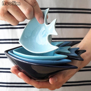 Blue Porcelain Fish-Shaped Sauce / Snack Dish Bowls