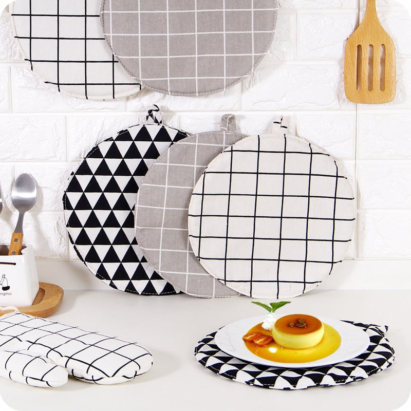 Round Geometric Pattern Cotton Linen Hot Pad