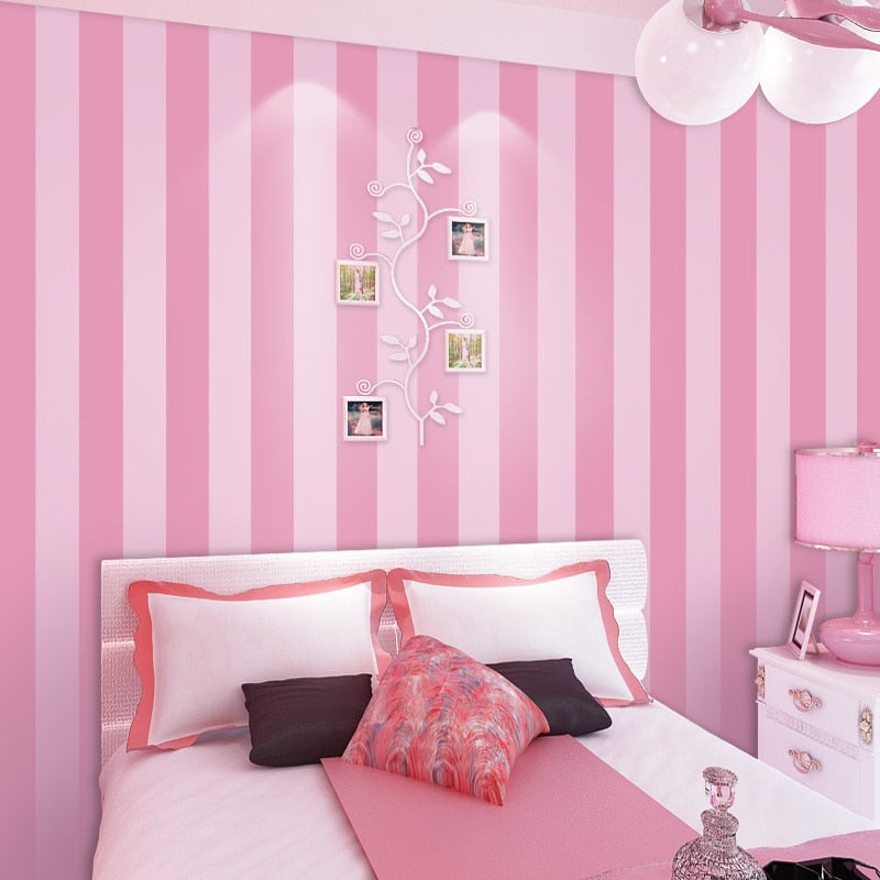 Traditional Simple Girl's Pink Striped Wallpaper