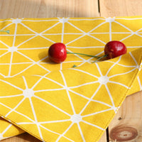4-Piece Yellow Geometric Triangle Pattern Table Placemat Set